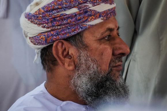 der Chef: er strahlte immer Ruhe und Gelassenheit aus, wie fast alle Omanis.