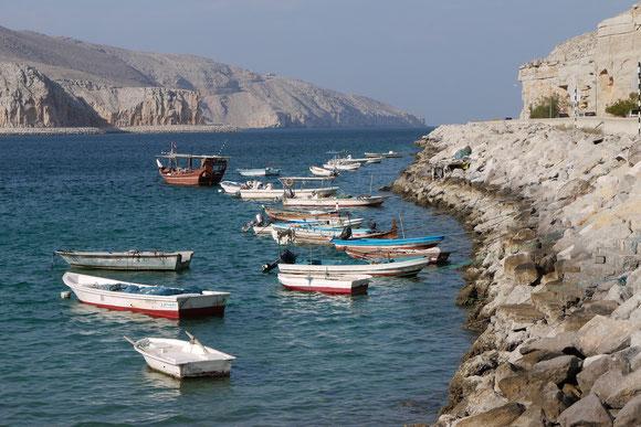"""In den """"Fjorden"""" finden die Boote Schutz."""