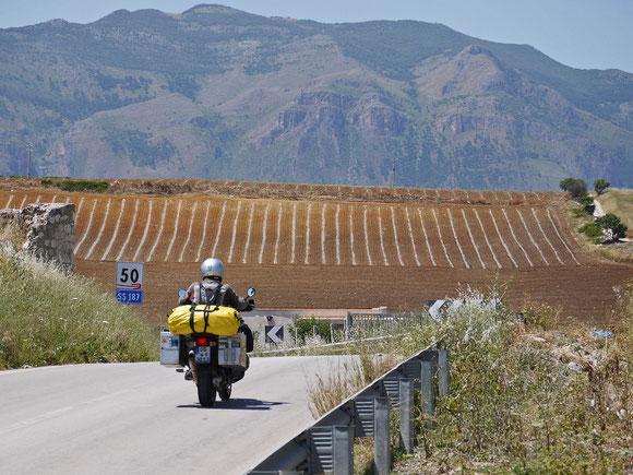 Jetzt unterwegs Richtung Westen bei Castellammare del Golfo