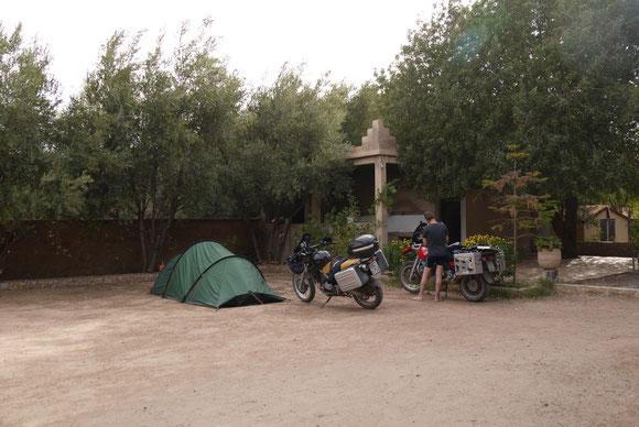 Auf dem Campingplatz in Taliouine