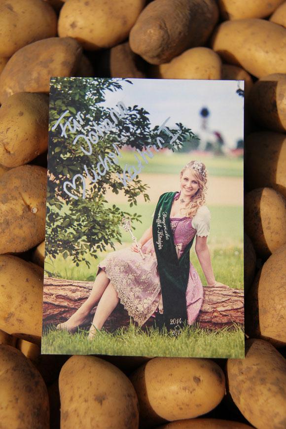 die Bayerische Kartoffelkönigin 2014/2015 Kathrin I.