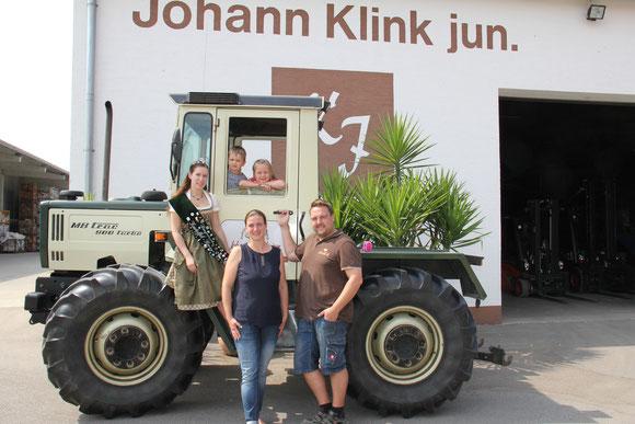 Besuch der 39. Bayerischen Kartoffelkönigin Johanna I.