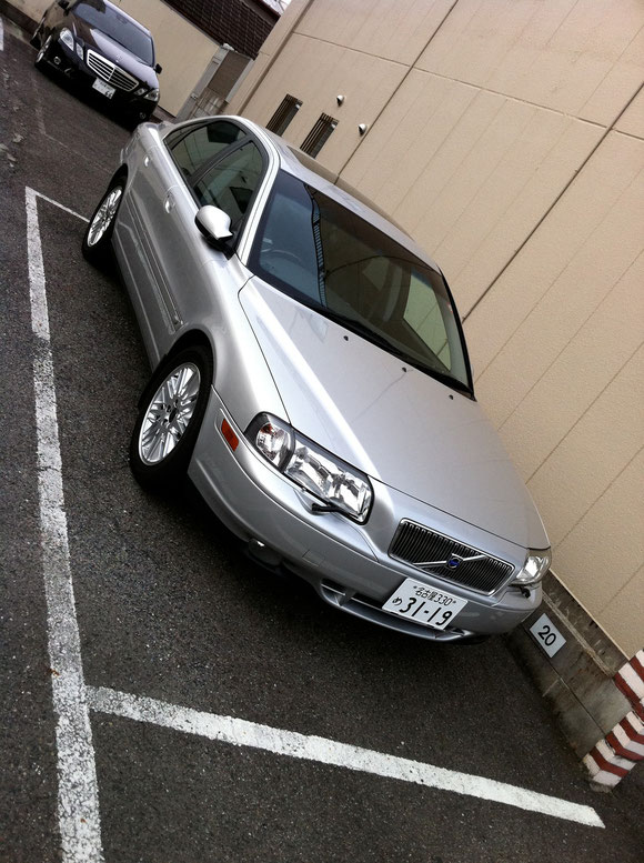 Volvo S-80 T-6 TE and BENZ