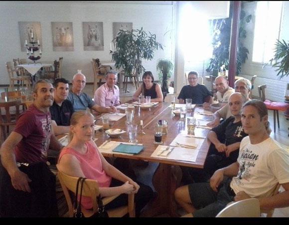 Nach dem wieder tollen Lehrgang mit Philipp Bayer am 21. Juni 2014, gab es ein gutes Vegimemü im Restaurant Adler in Emmenbrücke.