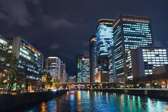 大阪 淀屋橋 夜景 源五郎さん
