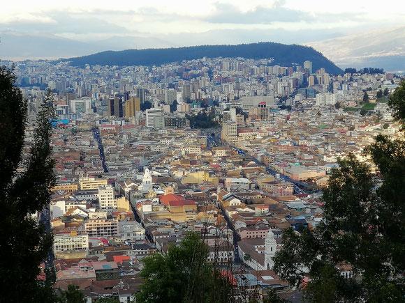 Ecuador - Panecillo - Aussicht auf Quito