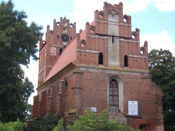 Tharau Kirche -Ännchen Kirche- 2010 aufgenommen von Bernhard Sontheim. Hier wurde meine Oma getauft, eingesegnet und heiratete hier