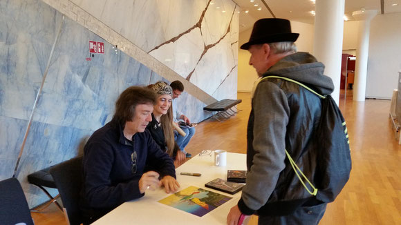 Meet and Greet Steve Hackett