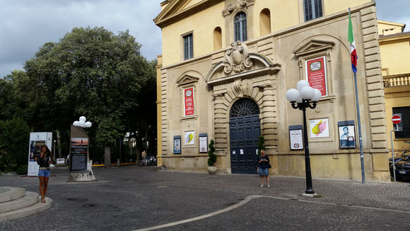 Das Rossini Theater in Pesaro