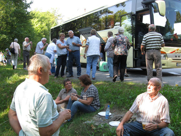 Mittagsrast am Omnibus Parkplatz in Regensburg