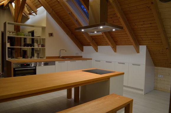 Von Küchenmöbel zu Einbauküche und moderne Küchen - Holz-Manie ...