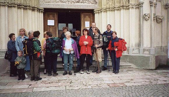 So viele sind gekommen um uns abzuholen und feiern mit uns den Gottesdienst in Maria Zell