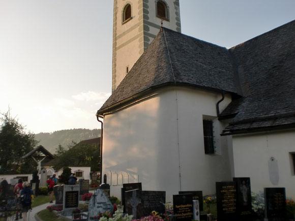 Die Abendsonne geniesen wir dann in Gleinach mit Blick zurück zum Hochobir