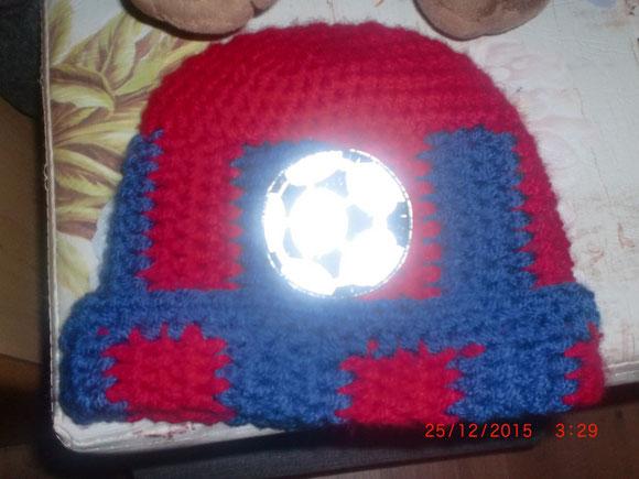 Jonas wünscht sich eine Mütze mit dem Barcelonafarben
