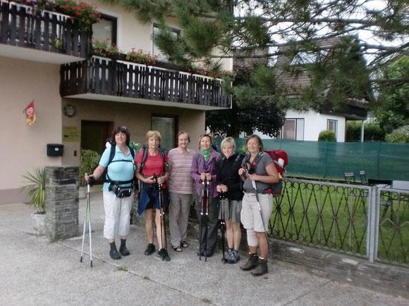 am 2. Tag übernachten wir im  Altersheim und brechen am Morgen in Ferrlach zu den nächsten 30ig km auf  bis nach Mühlbach im Rosental