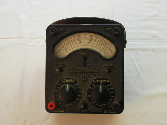 AVO LTD. London  Universal Avometer Modell 8 Mk II