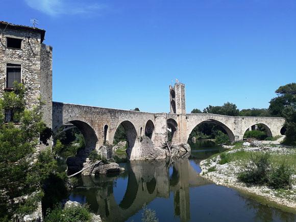 Бесалу - самые красивые места Каталонии