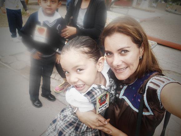 Con Mi Bebita la Traviesa