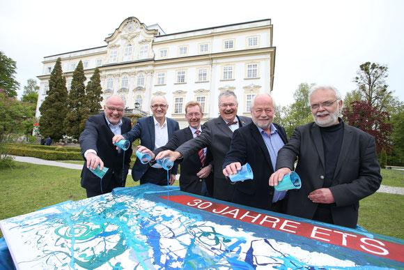 Claus Salzmann, Thomas Ertl, Martin Rottler, Roland Hohenauer, Wolfgang Zerobin und Karl Svardal diskutierten über Wasser.                                                                     Foto Neumayr/SB