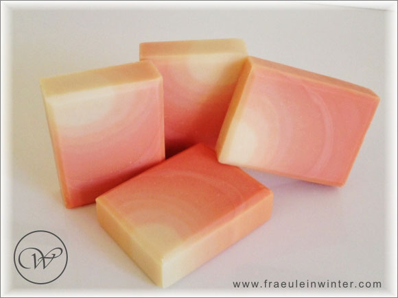"Seife ""Zuckermelone"" - colour gradient - handmade soap"