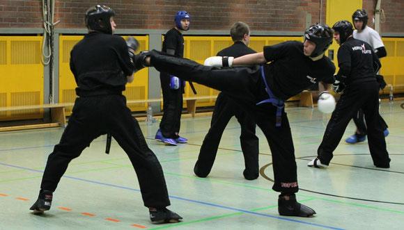 Kampfsport Kickboxen Pointfighting Training München