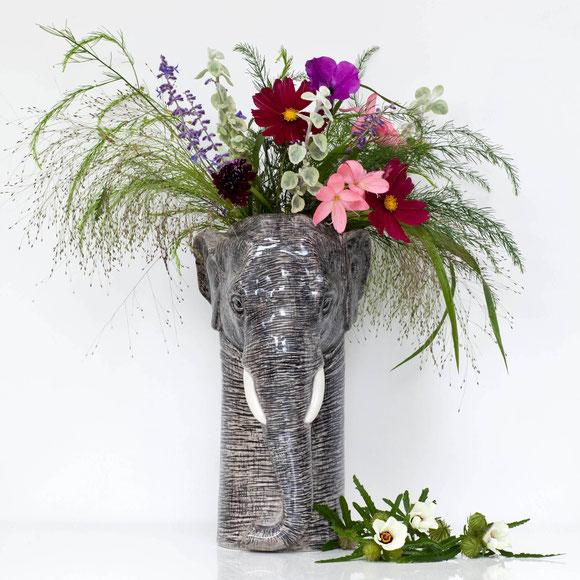 Elefantenvase aus Keramik von Quail Ceramics