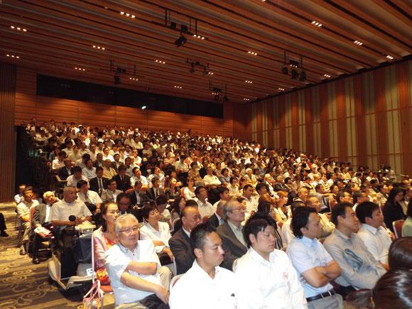 会場は超満員に 元氣農業開発機構のメンバーの姿も