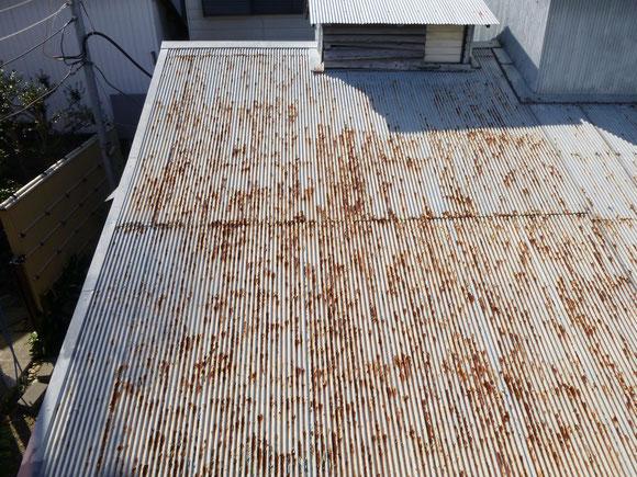 波トタン 屋根 工事前