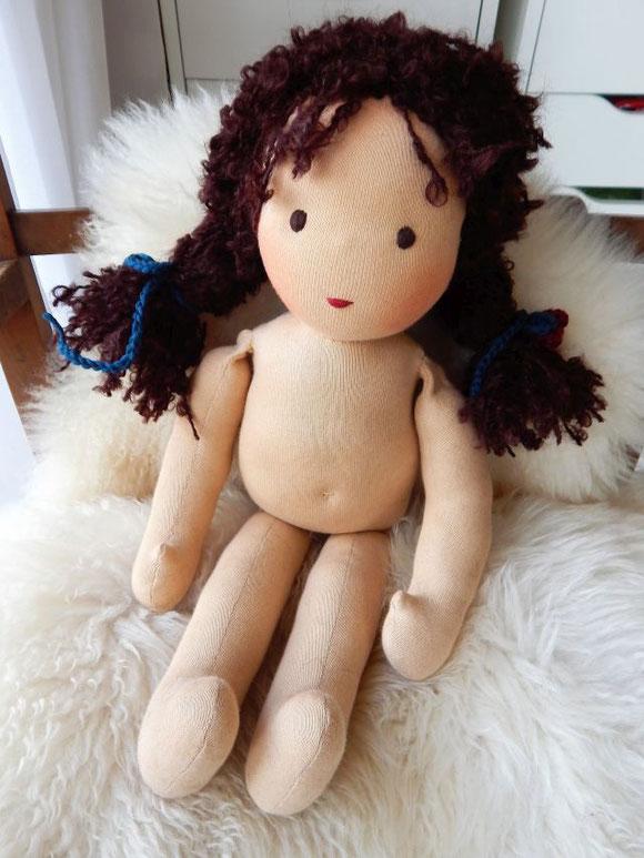 Bio Stoffpuppe, handgemachte Puppe, individuelle Puppe, Wunschpuppe, ökologische Kinderpuppe, Waldorfpuppe, Stoffpuppe nach Waldorfart, Steiner Puppe, cloth doll, companion doll, waldorf style doll, Puppenhandwerk, Pärsch, handgefertigte Puppe