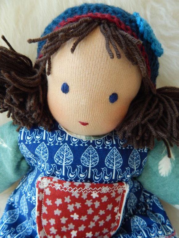 Stoffpuppe, handgemacht, Waldorfart, Waldorfpuppe, Schlamperle, cuddle doll, Steiner Puppe, Steiner doll, Demeter Schafwolle