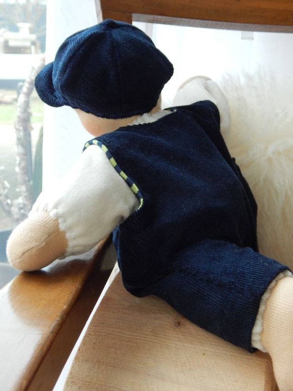 Schlamperle, Waldorf-Schlamperle, handgemacht, Handarbeit, Bio-Schlamperle, Bio-Stoffpuppe, Bio-Waldorfpuppe, Bio, Steiner Puppe, cloth doll, cuddle doll, Steiner doll, Kuschelpuppe, Puppenhandwerk, Pärsch, Puppenjunge, Stoffpuppenjunge, Jungenpuppe