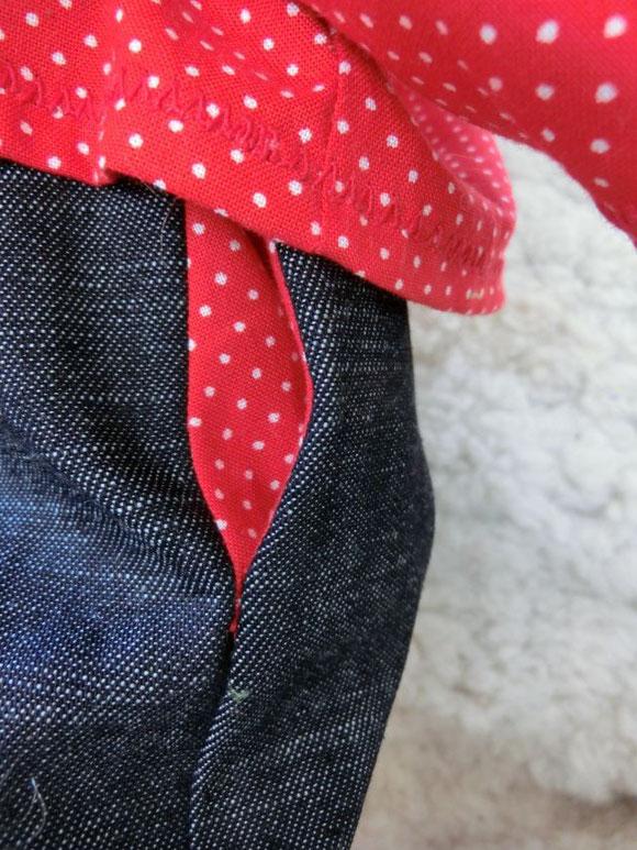 Krempeljeans mit seitlichen Eingrifftaschen