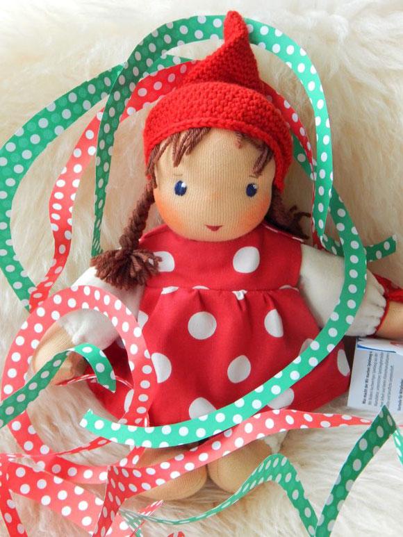 Schlamperle, erste Puppe, Waldorf, Puppe, ökologische Kinderpuppe, handgemachte Stoffpuppe, individuelle Puppe, Bio-Stoffpuppe, Öko Stoffpuppe, handgefertigte Stoffpuppe, cloth doll, cuddle doll, Kuschelpuppe, companion doll, Puppenhandwerk