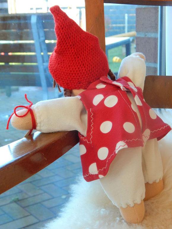 Pippa Puppe, Schlamperle, Puppe, Stoffpuppe, Bio, handgemachte Stoffpuppe, Waldorfpuppe, ökologische Kinderpuppe, Bio-Stoffpuppe, Kuschelpuppe, erste Puppe, cuddle doll, cloth doll, dollmaking, Puppenhandwerk Pärsch, Daniela Drescher