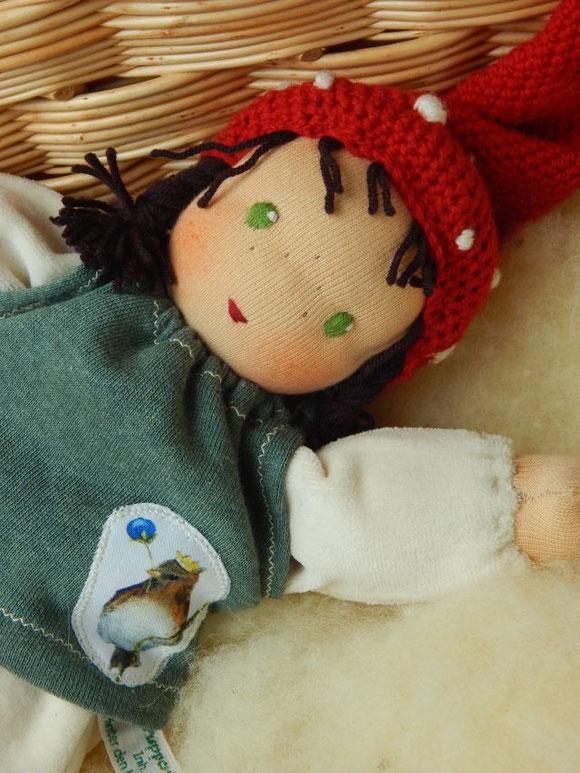 Schlamperle, Waldorfpuppe, Waldorfschlamperle, Handarbeit, handgemacht, Bio, Schmusepuppe, Kuschelpuppe, cuddle doll, companion doll, Steiner