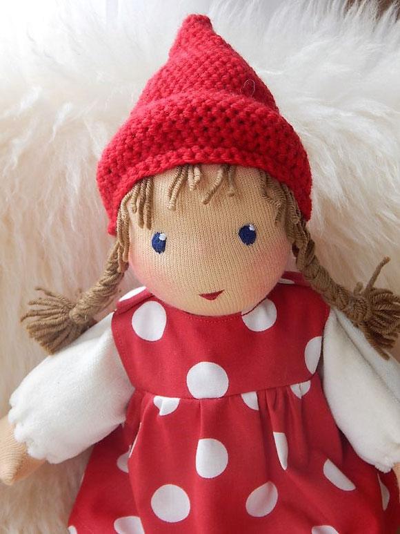 Bio-Stoffpuppe, Pippa und Pelle Puppen, Pippa und Pelle Schlamperle, Daniela Drescher, Puppe für Kleinkinder, erste Puppe, individuelle Puppe passend zum Kind, Wunschpuppe, Puppenhandwerk Pärsch, Pippa und Pelle Liederbuch, musikalische Früherziehung