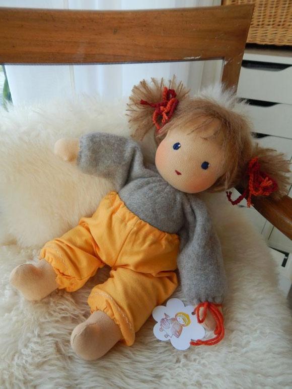 Kleinkind-Schlamperle, Schlamperle, Waldorfpuppe, Kuschelpuppe, Stoffpuppe, Bio-Stoffpuppe, Steiner Puppe, steiner doll, cloth doll, cuddle doll, companion doll, Puppenhandwerk, Pärsch,
