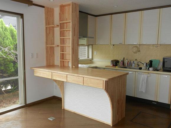キッチンカウンター完成の画像