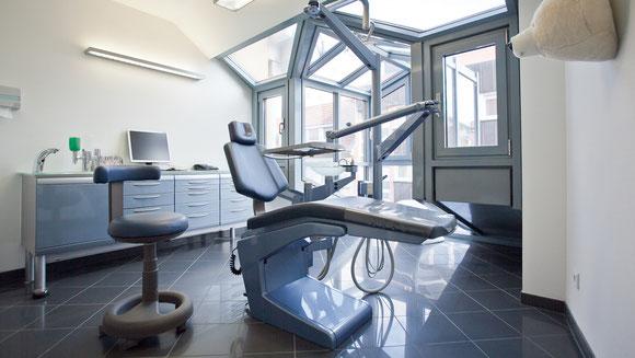 Blaues Zimmer Kieferorthopädische Praxis Heppenheim