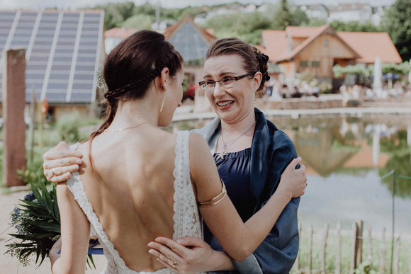 Hochzeitsrednerin Stella von Freie Trauung nach Maß nach einer freien Trauung im Landgut Lingental - Foto: (c) Hochzeitsfotograf Wurth