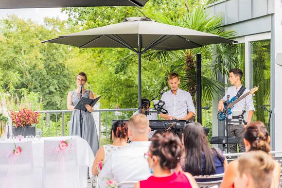 Traurednerin Mannheim Freie Trauung Mannheim Bootshaus Mannheim Hochzeit Trauredner Mannheim Hochzeitsrednerin Mannheim Hochzeitsredner Mannheim Freier Redner Mannheim Freie Rednerin Mannheim