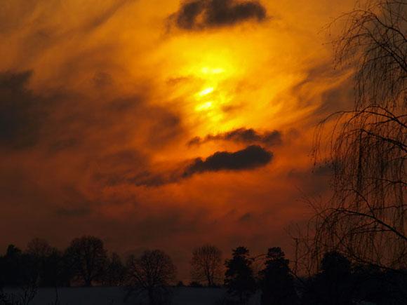 Sonnenuntergang im Winter in St. Johann Schwäbische Alb