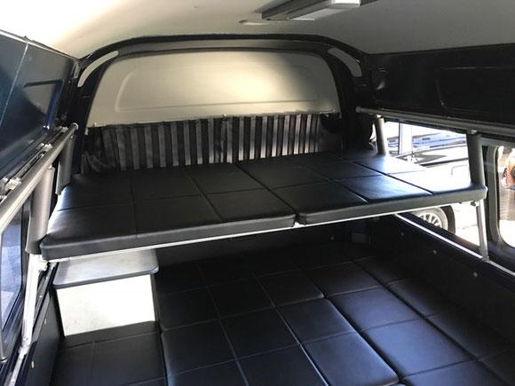 ハイエースに二段ベッド作るなら、OSPトランポキット。ネッツトヨタ静浜のディラーinカスタムショップです!