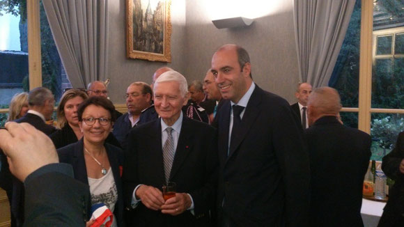présence de Mme PHILIPPE Conseillère Régionale, M. Olivier MARLEIX Député d'Eure et Loir et du Général FAIVRE