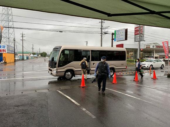 関善光寺からのシャトルバスが巡回
