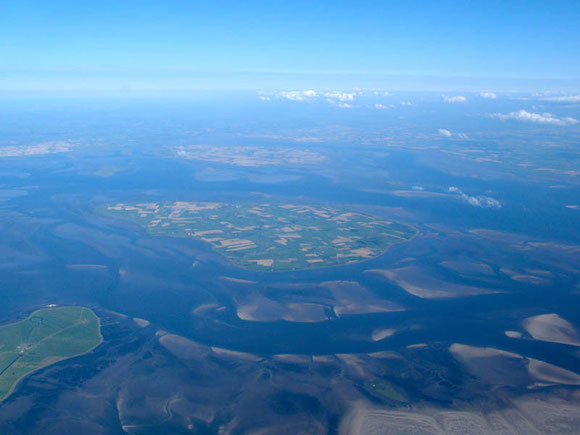 Nordsee von oben aus Flugzeug