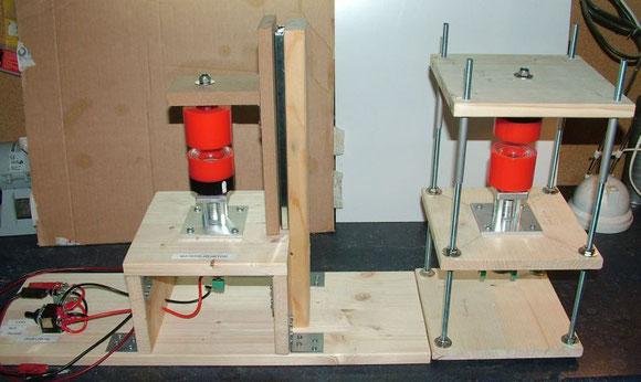 Materie-Reaktoren - Links mit Schubladenschiene - Rechts mit Gewindestangen