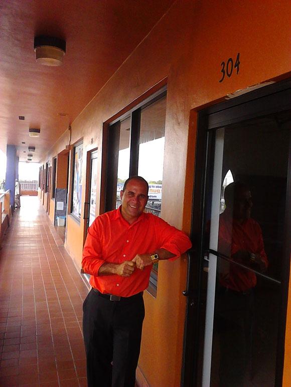 En 2012 se agregó la Suite 304 del edificio 215. Primero como Filial. En 2013 pasó a Sucursal hasta julio de 2015.