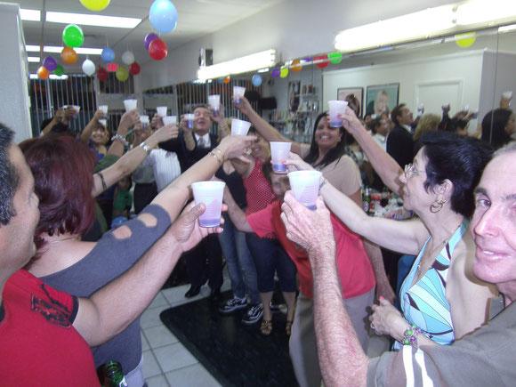 Foto de archivo. Fin de temporada 2011. Con clientes en un local que era Afiliado.