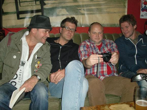 Lesecouch - Die Hansetour: Auszeit, Bremen - 14.11.2014, v.l. Joachim Seidel, Lars Gebhardt, Christopher Weißenfels, Holger Burmeister